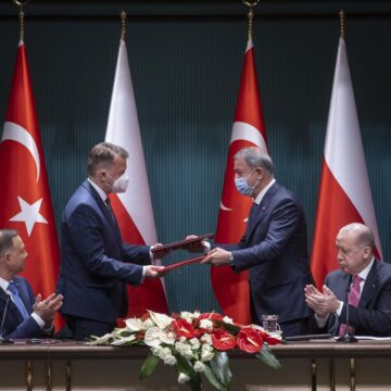 POLAND BECOMES FIRST EU AND NATO MEMBER TO ACQUIRE TURKISH UAVS