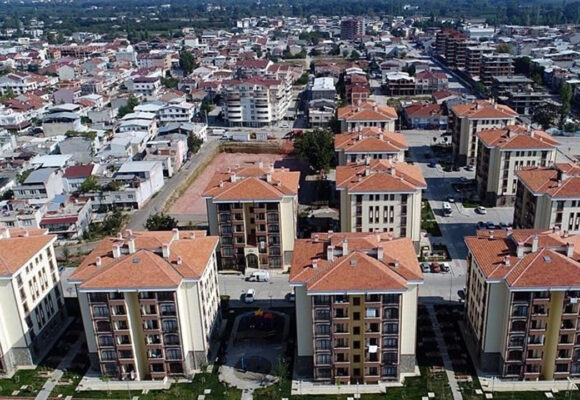 House sales down below 100,000 in April