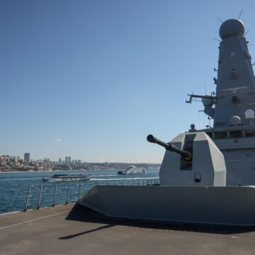 Istanbul welcomes the UK's combat vessel