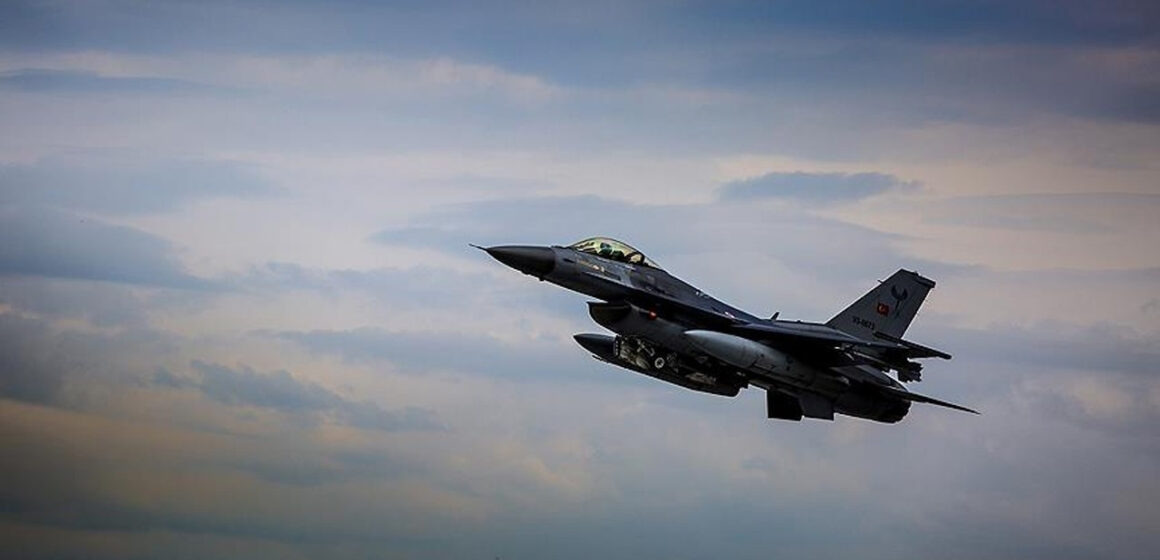 Turkey seeks 40 F-16 jets to upgrade Air Force -sources